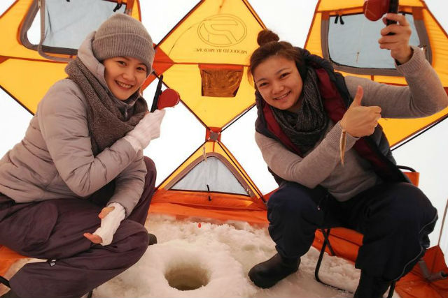冬の風物詩、札幌発のワカサギ釣りツアー