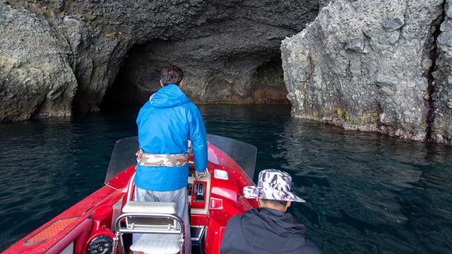 青の洞窟クルージング