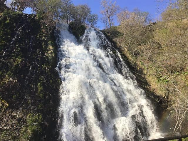 知床_男鹿の滝